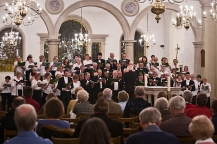 Bruce Pennick conducting the Brentwood and Ingatestone Choral Societies